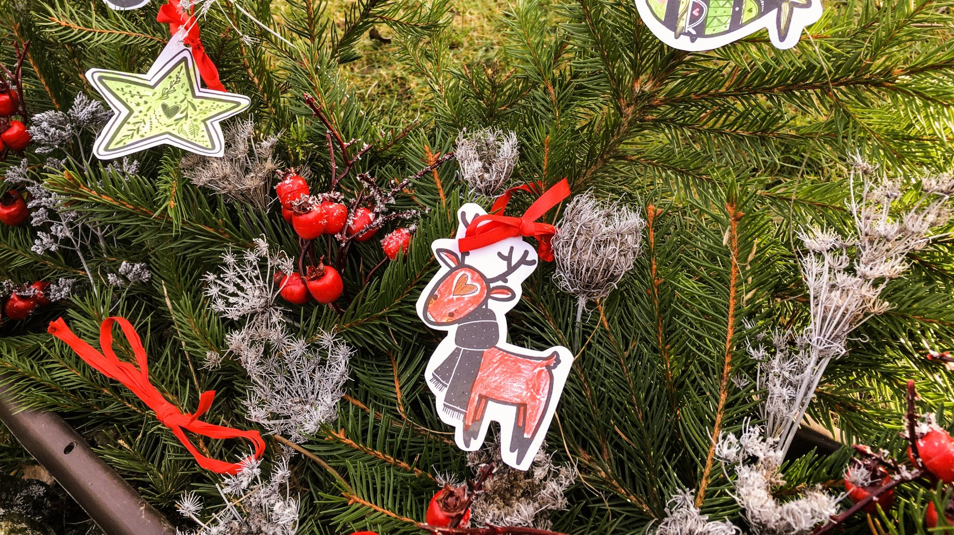 Adventní dárek: vánoční ozdoby k dotvoření